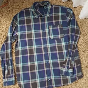 VANS XXL Men's Plaid Button Up